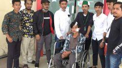 Tongkat Polisi Halau Pendemo, Mahasiswa di Bone Pulang Pakai Kursi Roda