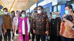 Menteri Gusti Ayu Darmawati Senyum-senyum Injak Bumi La Maranginang