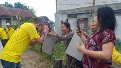 Susuri Lorong-lorong, ARIP Ingatkan Warga Soal Prokes dan Bagi-bagi Paket 'Cinta'