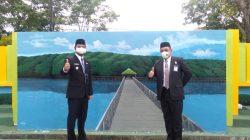 Viral, Aksi Kakan Kemenag Hadirkan Hutan Mangrove Tongke-tongke di Kantor