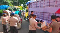 Bantuan Korban Gempa Sulbar Membludak di Lapangan Merdeka, Brimob Bone Beraksi