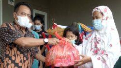 Keluarga STIEM Bongaya Beri 'Paket Cinta' untuk Korban Gempa Sulbar