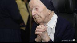 Suster Andre, Nenek 117 Tahun Yang Sembuh Dari Covid-19