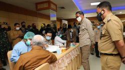 Gubernur Jadi Saksi, Bantaeng Terapkan Vaksin Covid-19