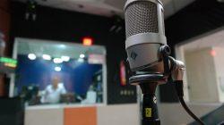 Wow, Pelajar di Takalar Belajar Lewat Siaran Radio dari Rumah