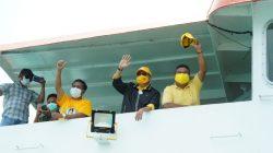 Humoris, Ketua Golkar Sulsel TP Menghibur di Atas Kapal
