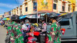 Kolaborasi Brimob-TNI di Bone Disiplinkan Warga, Begini 'Senjatanya'