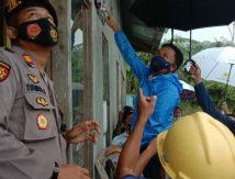 """Cihuy, Dua Dusun di Eremerasa Bantaeng Akhiri """"Puasa"""" Listrik"""
