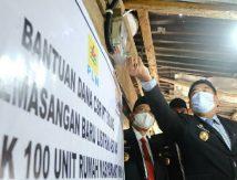 Alhamdulillah, Sekda Hayat Jadi Saksi 831 Unit Rumah Warga Miskin di Wajo Dialiri Listrik