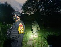 Tim Jihandak Brimob Amankan Tas Pinggang, Isinya Diduga Bom