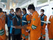 Misi Khusus, PLN Sulselrabar Kirim Pasukan Oranye Pulihkan Jaringan Listrik di NTT