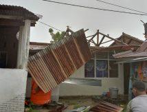 Rumah Warga di Takalar Diterjang Angin Puting Beliung, Segini Jumlahnya