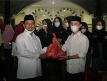 Ramadan Berbagi di Palopo, Begini Aksi Plt Gubernur Sulsel Bareng Mahasiswa dan Pelajar