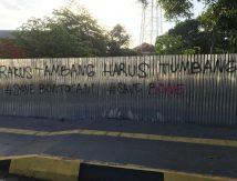 Aksi Vandalisme Kembali Terjadi di Bone, Pagar Jadi Sasaran