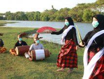 Pemerhati Seni dan Budaya di Takalar Ngabuburit dengan Tarian