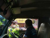 Penyekatan Pemudik di Takalar, Personel Periksa Domisili Pelintas