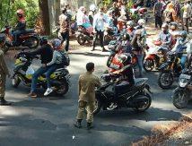"""Wisatawan di Malino """"Berjuang"""", Banyak Pengendara Terpaksa Elus Dada"""