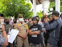 Aksi Tolak Tambang di Bontocani, Warga Geruduk Kantor Bupati Bone