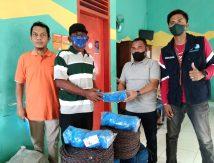 "Sinjai ""Banjir"" Bantuan Sarana dan Prasaran Budidaya Bibit Rumput Laut"