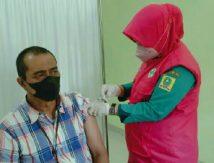 Vaksinasi Pemkab Sinjai Sasar Pegawai Perbankan