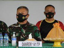 Mesranya TNI Polri di Bone, Komandan Brimob  Sambangi Makodim