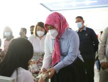 Gelorakan Indonesia Sehat, Fatmawati Rusdi Gaspol Vaksinasi Anak