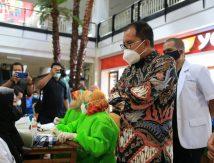 Mulai September, Pemkot Makassar Vaksinasi 100 RT per Hari