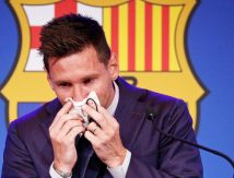 Ucapkan Salam Perpisahan pada Barcelona, Lionel Messi Berlinang Air Mata