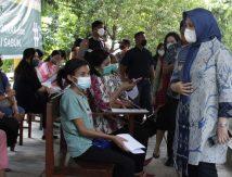Vaksinasi Kelurahan, Wawali Fatma Ingin Disiapkan Bilik Khusus Perempuan