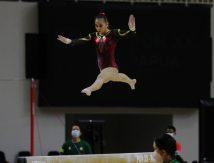 Rela Tahan Sakit Bagian Vital, Gadis Cantik Makassar Hadiahkan Emas PON XX Papua