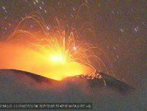 Waspada! Erupsi Ile Lewotolok Terjadi 26 Kali Sehari