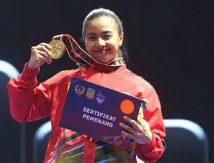 Karateka Cantik Sulsel Raih Emas PON XX Papua, Amir Uskara: Bonus Satu Rumah